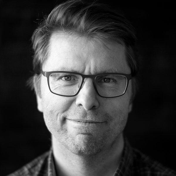 Erik W. Hallgren -